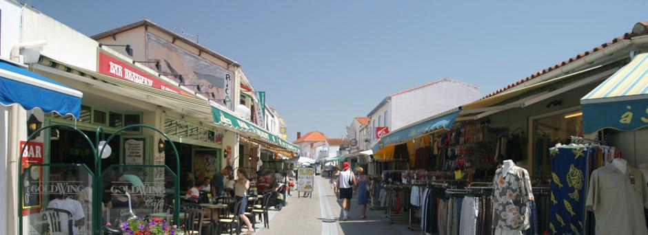 rue commerçante La Tranche sur Mer