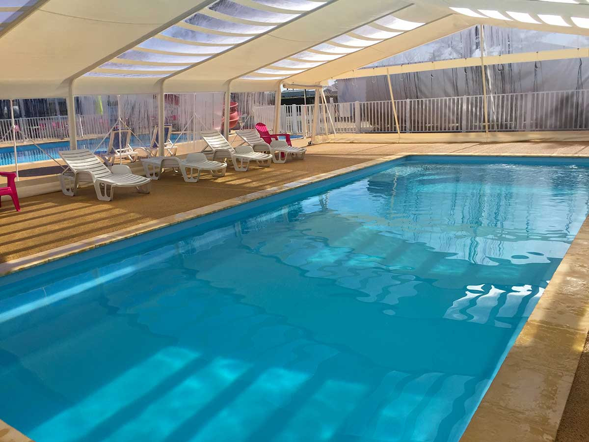Camping 4 toiles les violettes camping la tranche sur mer for Camping a la tranche sur mer avec piscine couverte