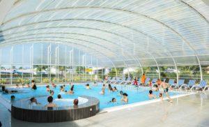 piscine couverte Camping les Blancs Chênes la Tranche sur Mer